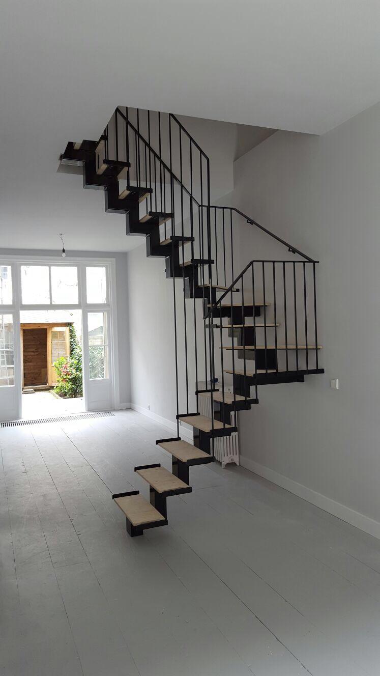 stalen trap door constructiebedrijf de groot