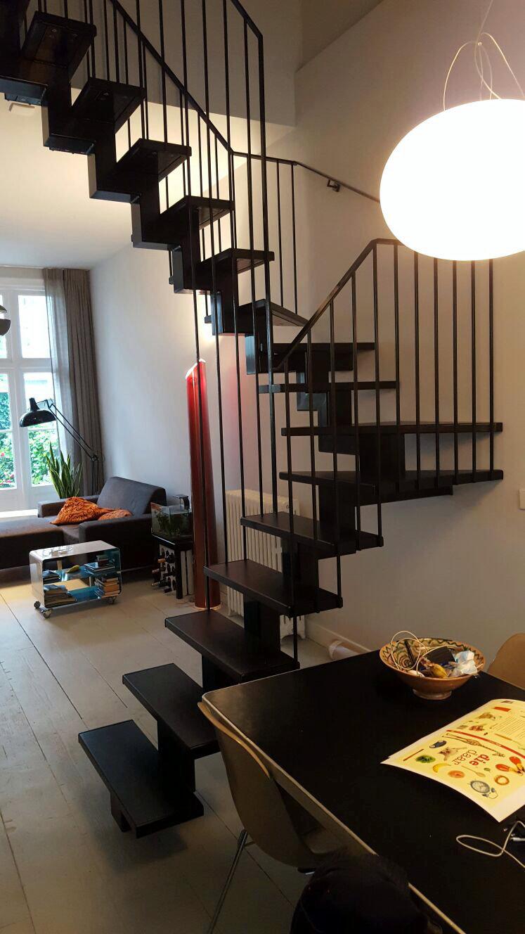constructiebedrijf de groot stalen trap in woonhuis in amsterdam
