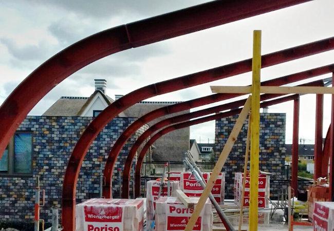 stalen constructie van constructiebedrijf de groot voor agj van Breda