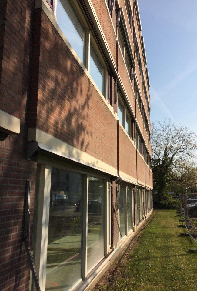 constructiebedrijf de groot project 37 balkons in Hoorn voor het strippen