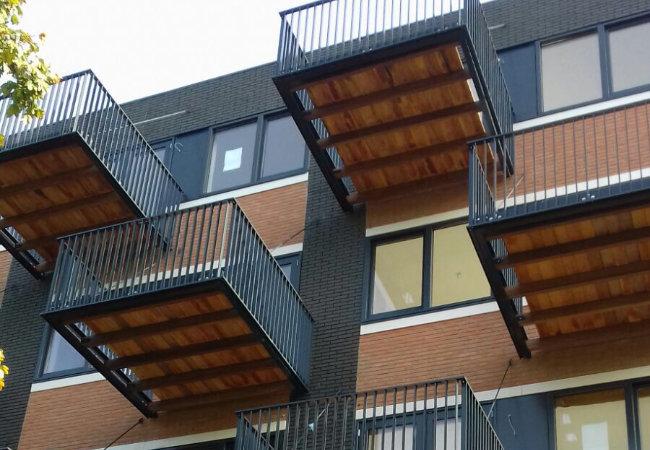 constructiebedrijf de groot project 37 balkons in Hoorn